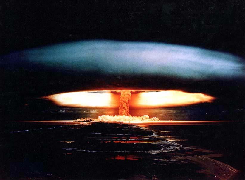Le nucléaire est une énergie de mort. l'eau, le vent, le soleil et